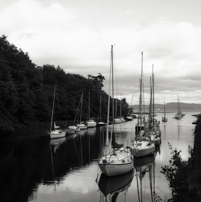 cramond-harbour-lk-2x700